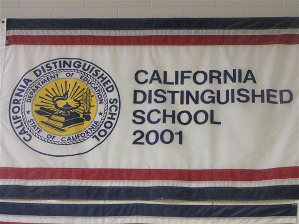 California Distinguished School in 2001 / 2002